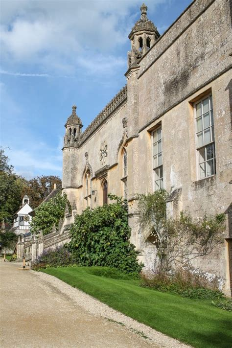 A Cotswolds Day Trip: Castle Combe and Lacock - thekittchen