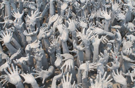 A Trip to Wat Rong Khun, Thailand's Infamous White Temple